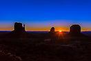 3. Platz 'Sunrise im Monument Valley' von Gert Schmidbauer